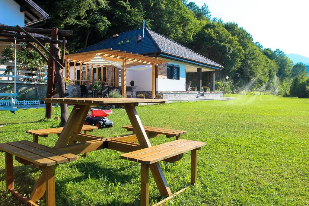 Vacation house Oeneus, Бихач, Босния и Герцеговина