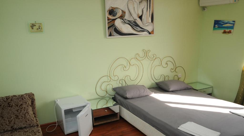 Мини-гостиница Три Кипариса на Терешкова