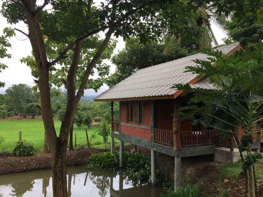 Гостевой дом Pai Porpeang Guesthouse, Пай