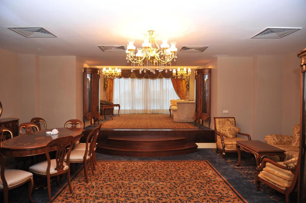 Отель Интурист Палас