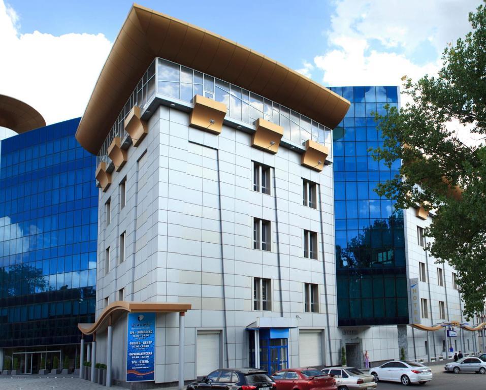 Отель Цунами, Днепропетровск, Украина