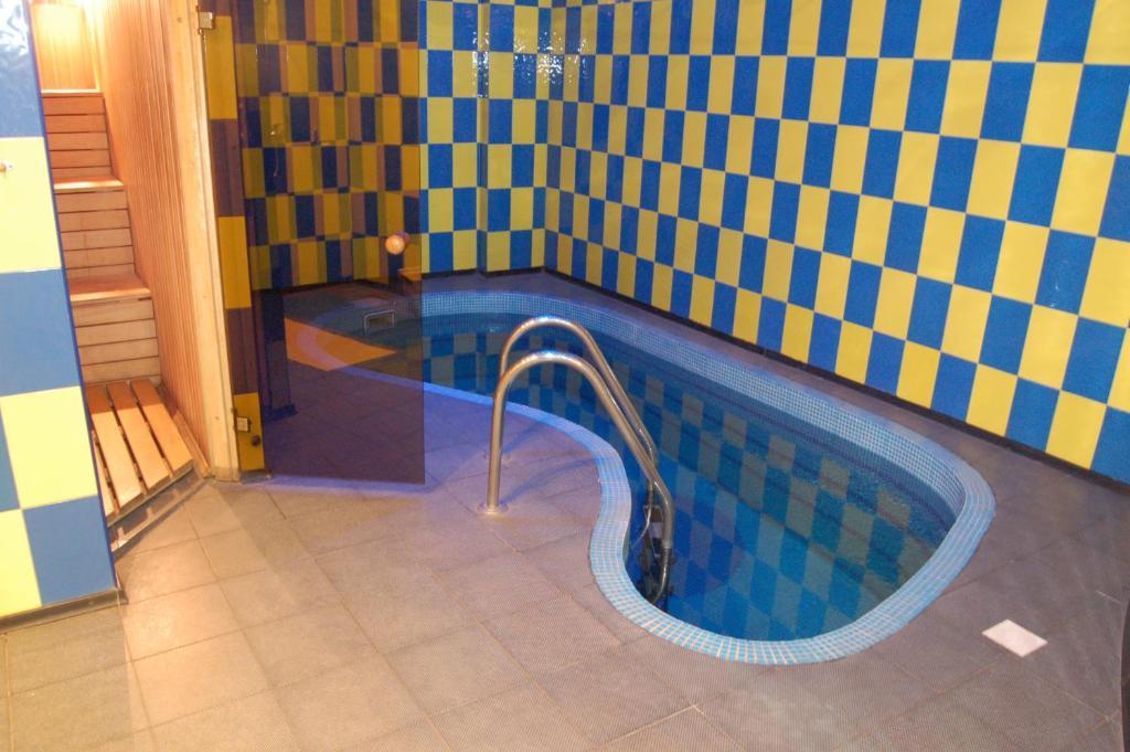 http://q.bstatic.com/images/hotel/max1024x768/135/13576163.jpg