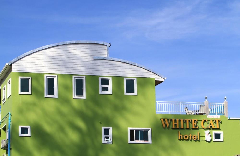 Отель White Cat, Кхаулак