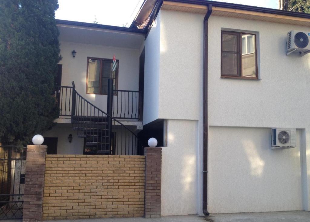 Гостевой дом На Агрба 24