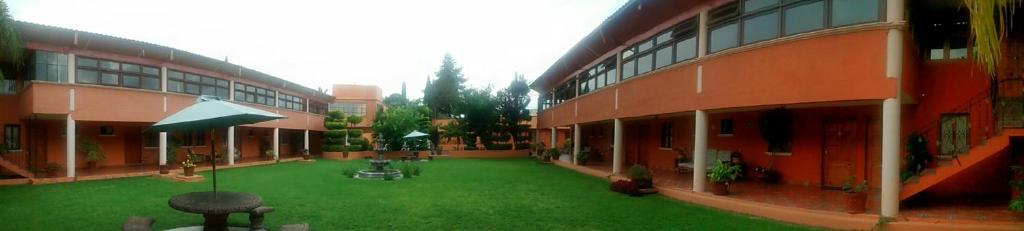 Отель Hotel Ollin Teotl, Сан-Хуан-Теотиуакан