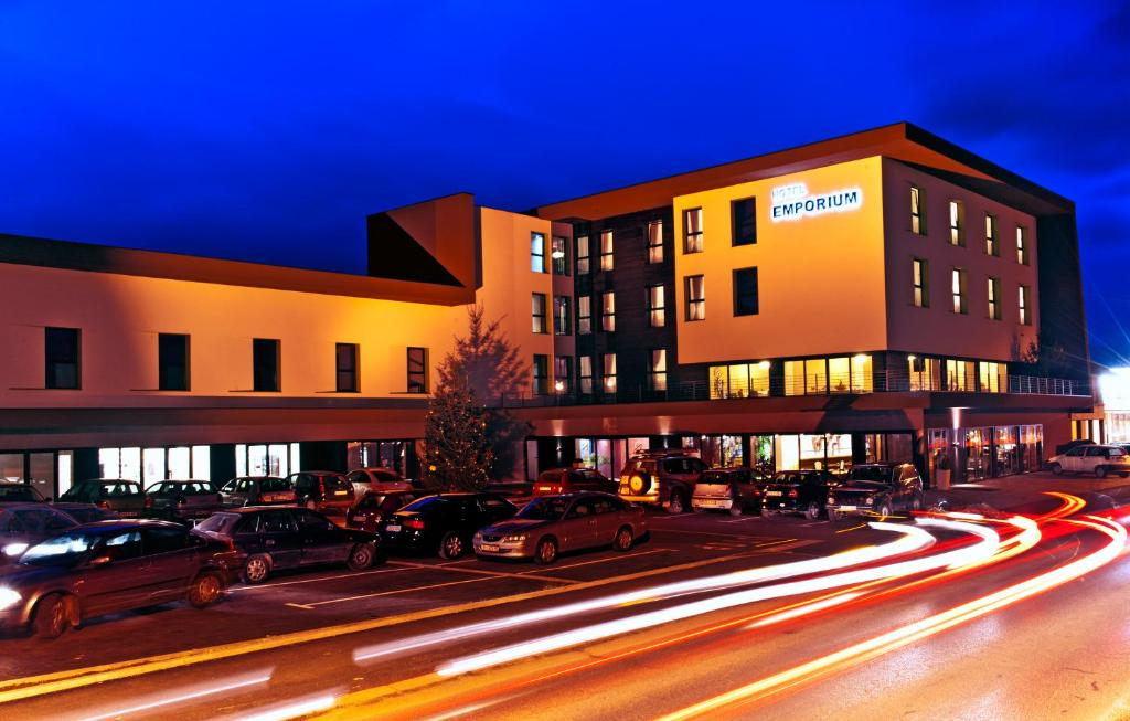 Hotel Emporium, Бихач, Босния и Герцеговина