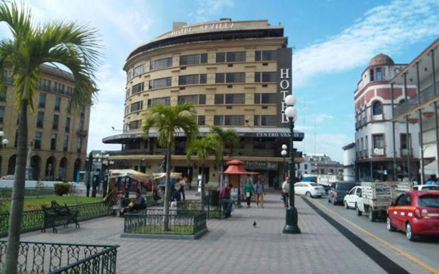 Отель Hotel Sevilla de Tampico, Тампико