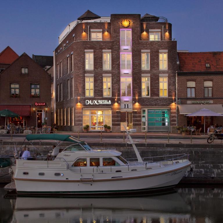 Hotel Dux, Рурмонд, Нидерланды