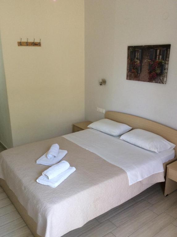 Апартаменты Elena Rooms, Плакиас