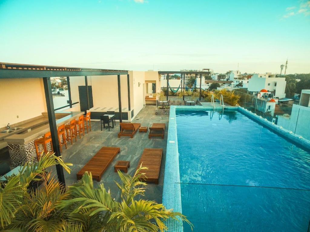 Апартаменты 201 Cozy 1BR Suite Great Rooftop Pool/Bar Sleep 4, Плая-дель-Кармен