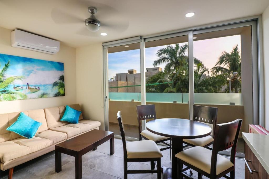Апартаменты 301 Cozy 1BR Suite Great Rooftop Pool/Bar Sleep 4!, Плая-дель-Кармен