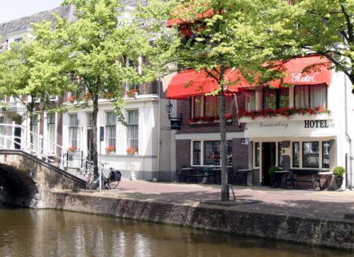Hotel Leeuwenbrug, Делфт, Нидерланды