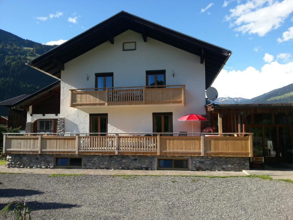 Apartment haus lara lea zell am ziller o for Apartment haus