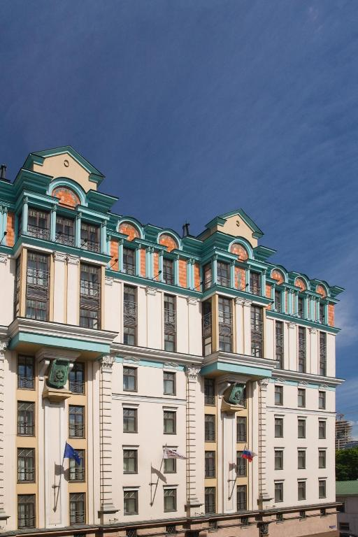 Отель Марриотт Гранд