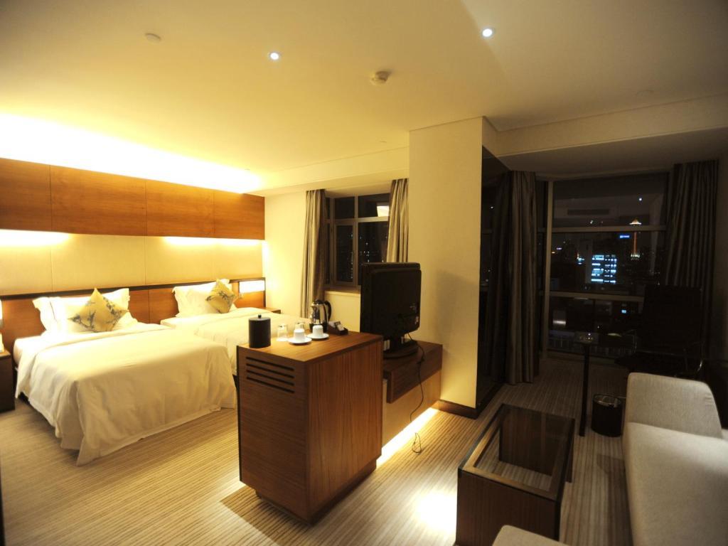 2400 Motel Ltd  Vacation Reviews  TripAdvisor