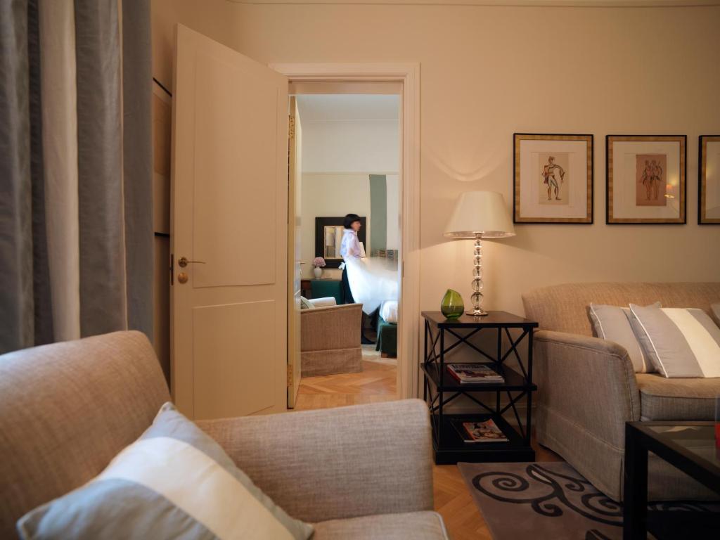 Отель Астория Rocco Forte