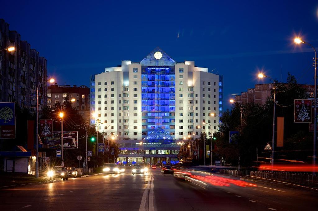 Гостиница Центр, Сургут