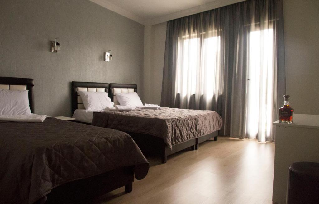 Отель Iberia
