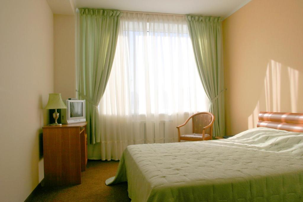 Гостиница Хинотель, Артем