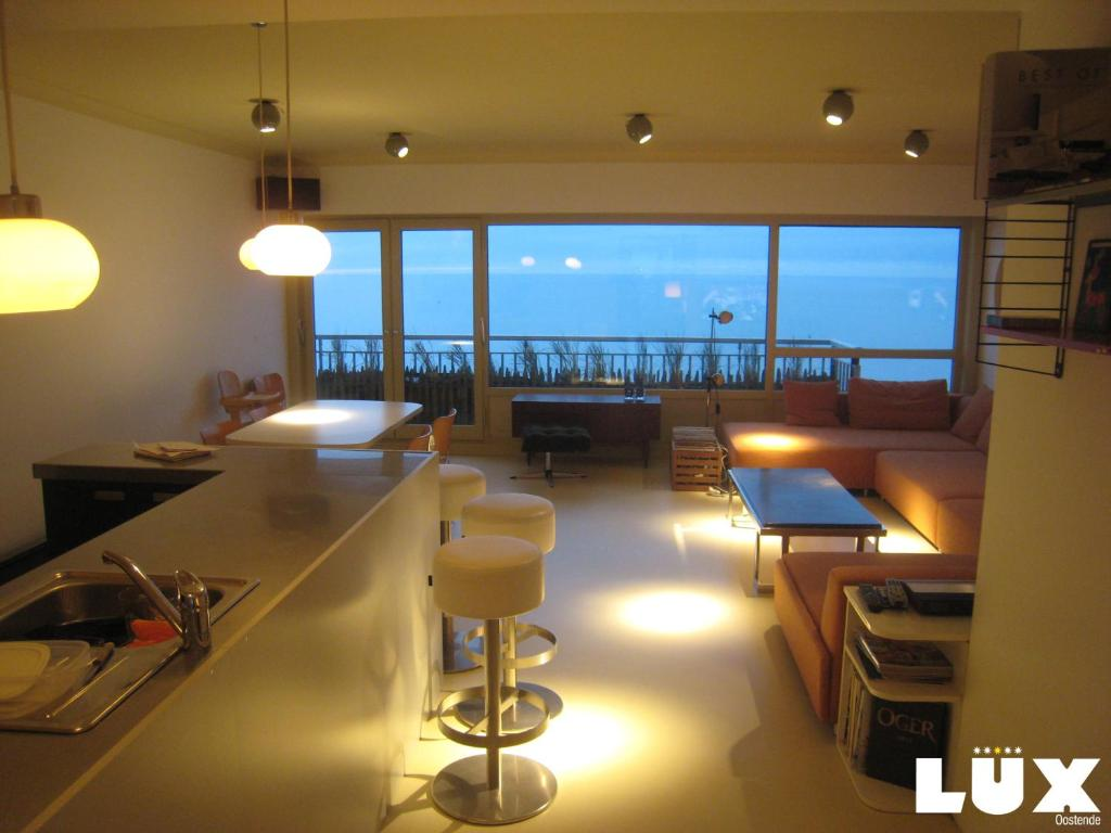 Lux Skyline Sea-View Apartments, Остенде, Бельгия