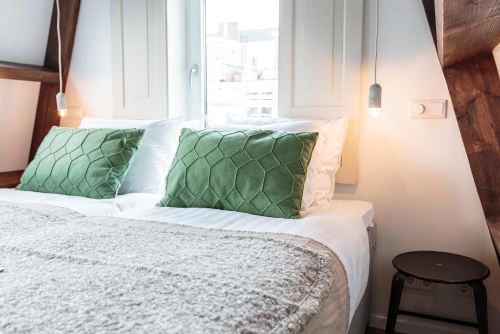 Hotel Dwars Amsterdam : Hotel dwars Нидерланды Амстердам u цены отеля фото