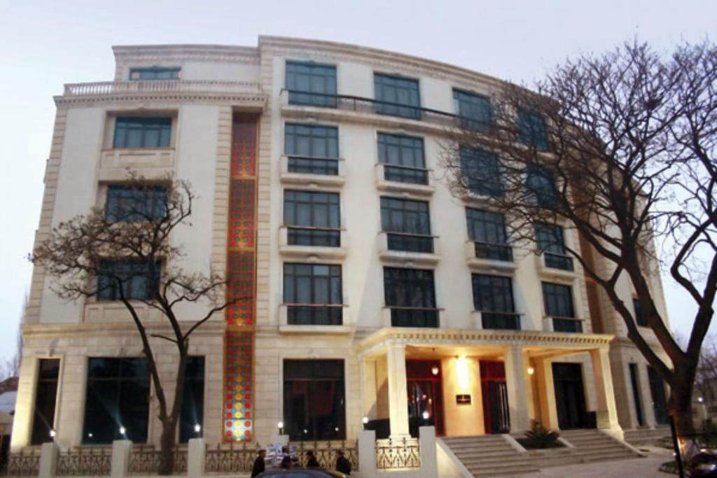 Отель Шеки Сарай