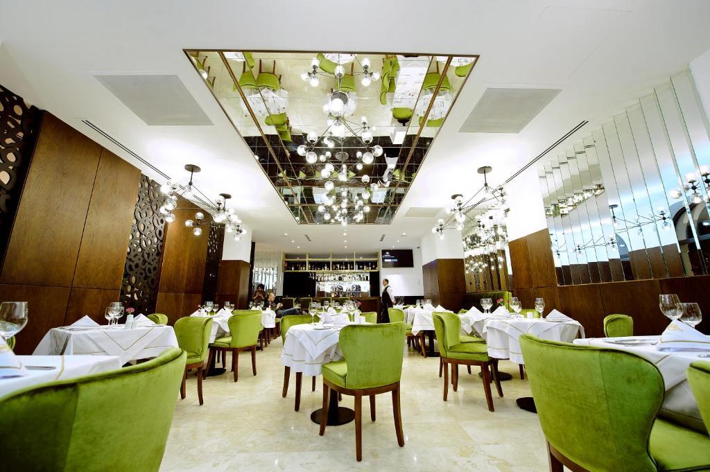 Отель Golden Palace Batumi