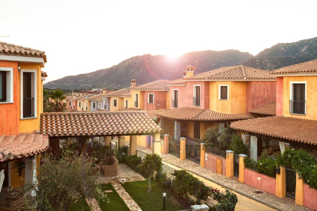 Residenza agor villasimius italia villasimius for Mini case italia prezzi