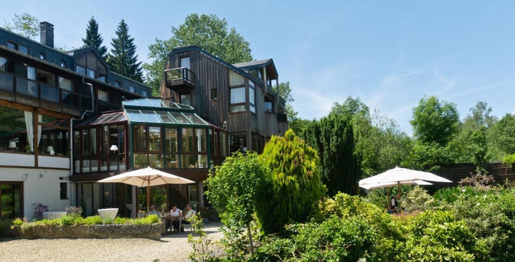 Logis Hostellerie De La Claire Fontaine, Ла-Рош-ан-Арден, Бельгия