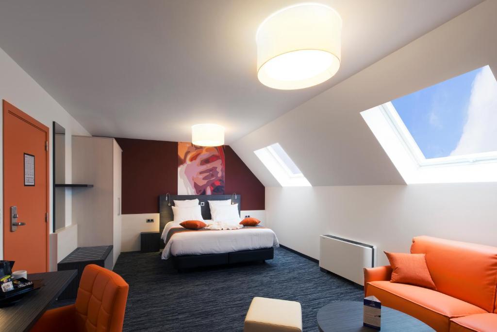 Orange Hotel La Louvière, Шарлеруа, Бельгия