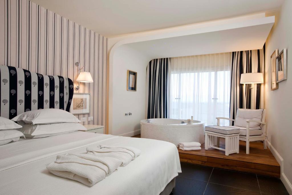 Hotel boutique bedroom ideas