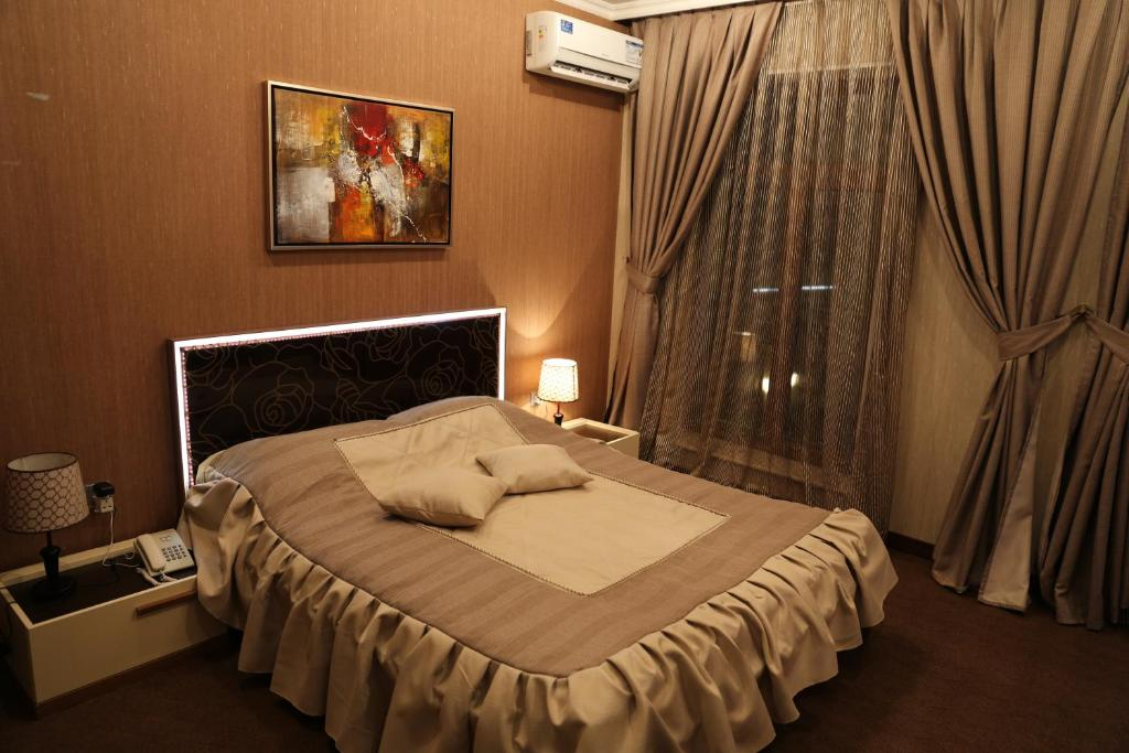 Отель Luxe Lankaran