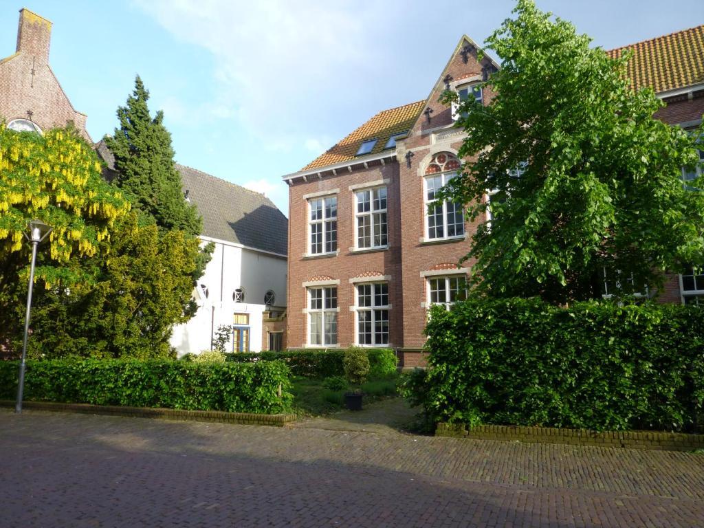 De Oude HBS, Энкхейзен, Нидерланды