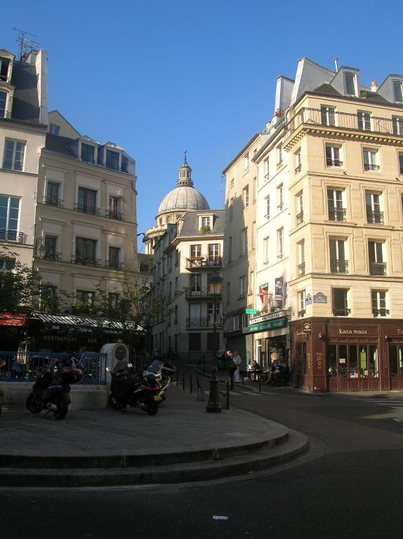 Charm and comfort in the Quartier Latin