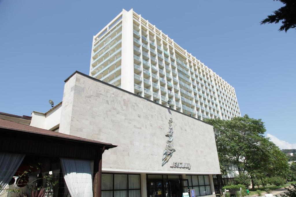 Отель Дельфин Адлеркурорт