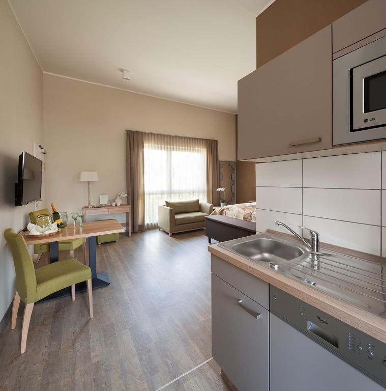 ferienwohnung boarding haus aachen brand deutschland aachen. Black Bedroom Furniture Sets. Home Design Ideas