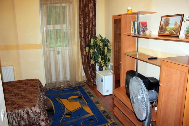 Отель Лина