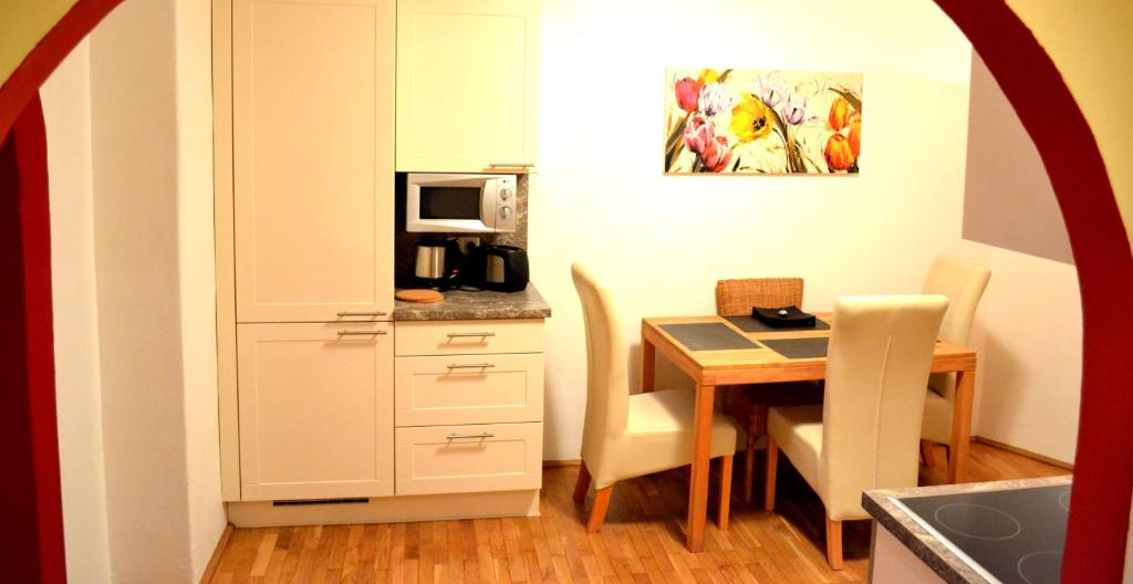 easyapartment altstadt 2 2018. Black Bedroom Furniture Sets. Home Design Ideas