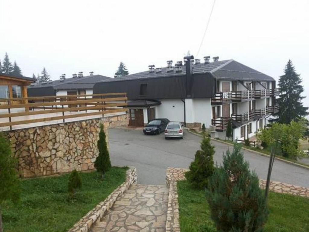 Andrea & Goran 106, Власич, Босния и Герцеговина