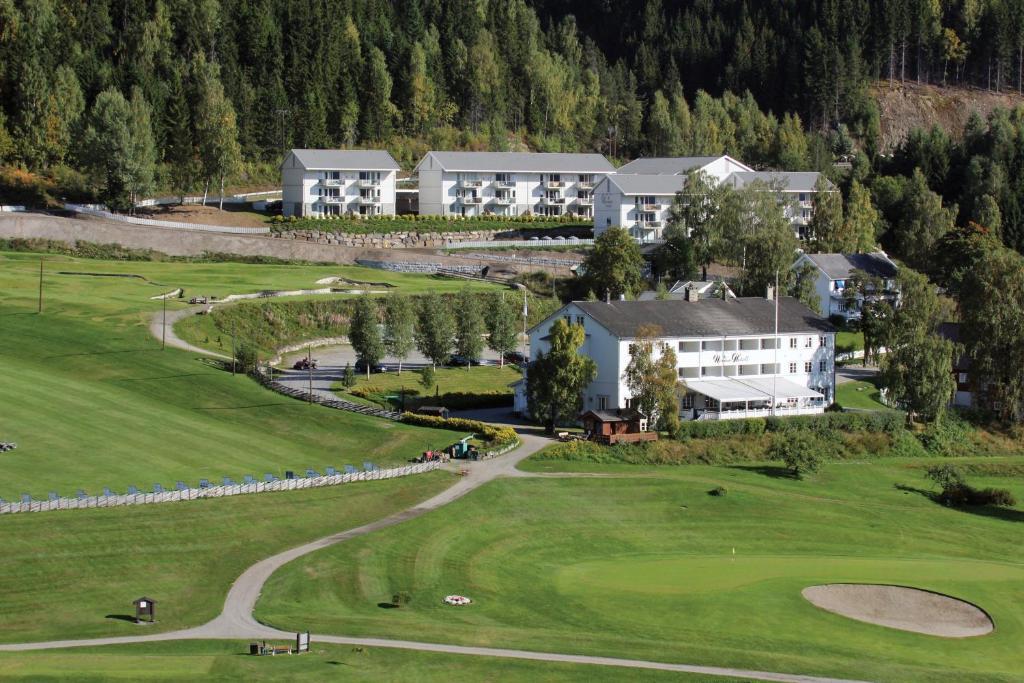 Nermo Hotel & Apartments, Эйер, Норвегия