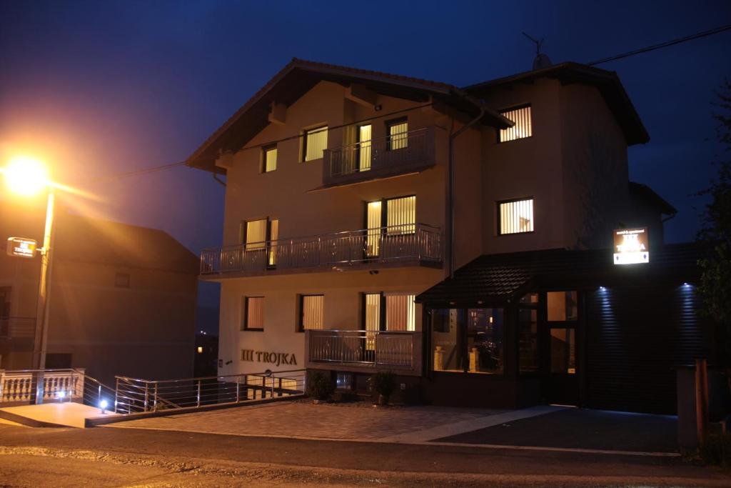 Apartments Trojka, Баня-Лука, Босния и Герцеговина
