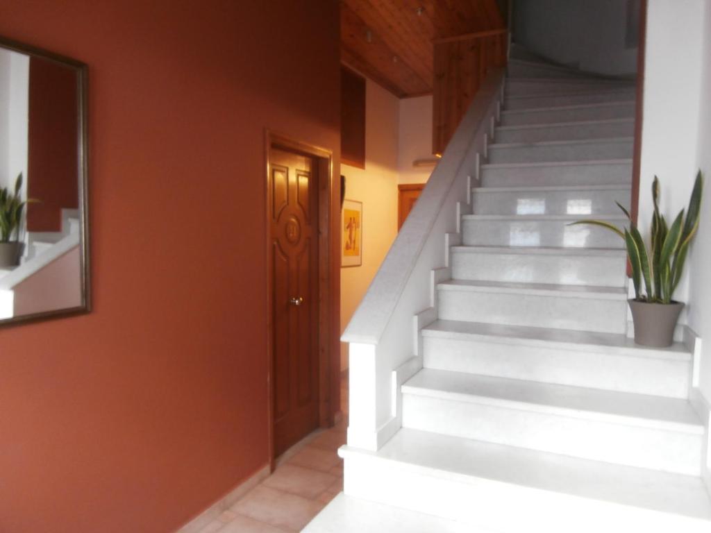 Avra Rooms