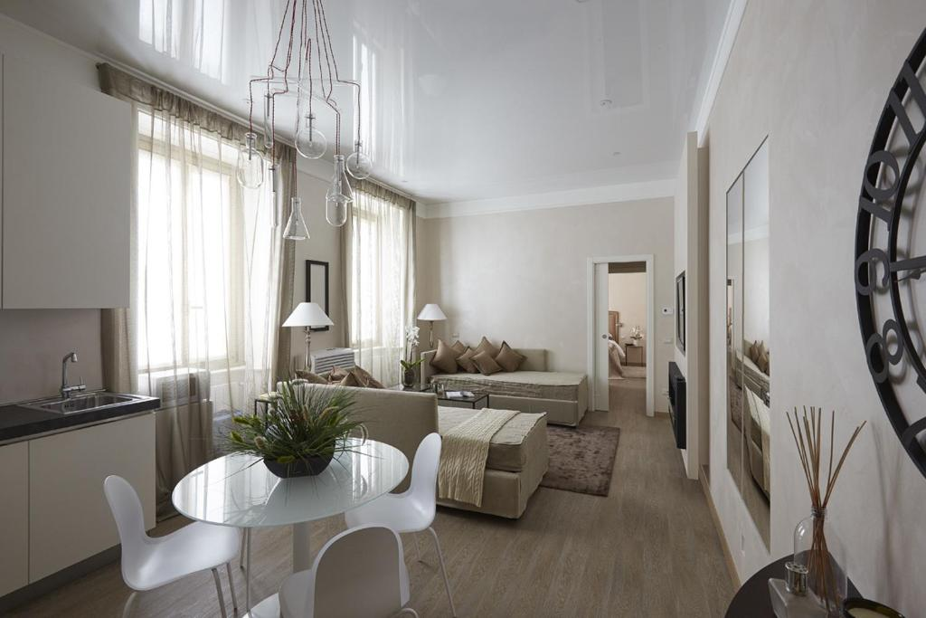 milano centro new luxury suite