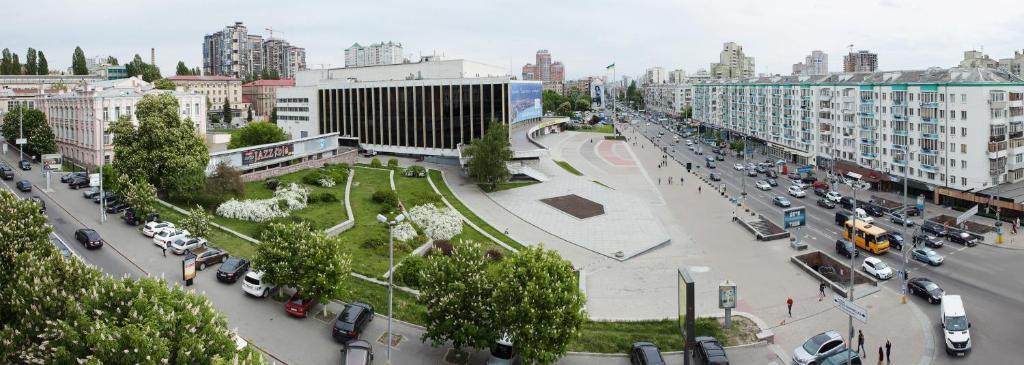 Отель Седьмое Небо на Щорса, Киев, Украина