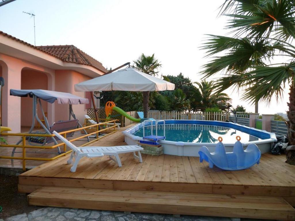 Casa vacanze boezio italia santa maria al bagno for Casa vacanze milano