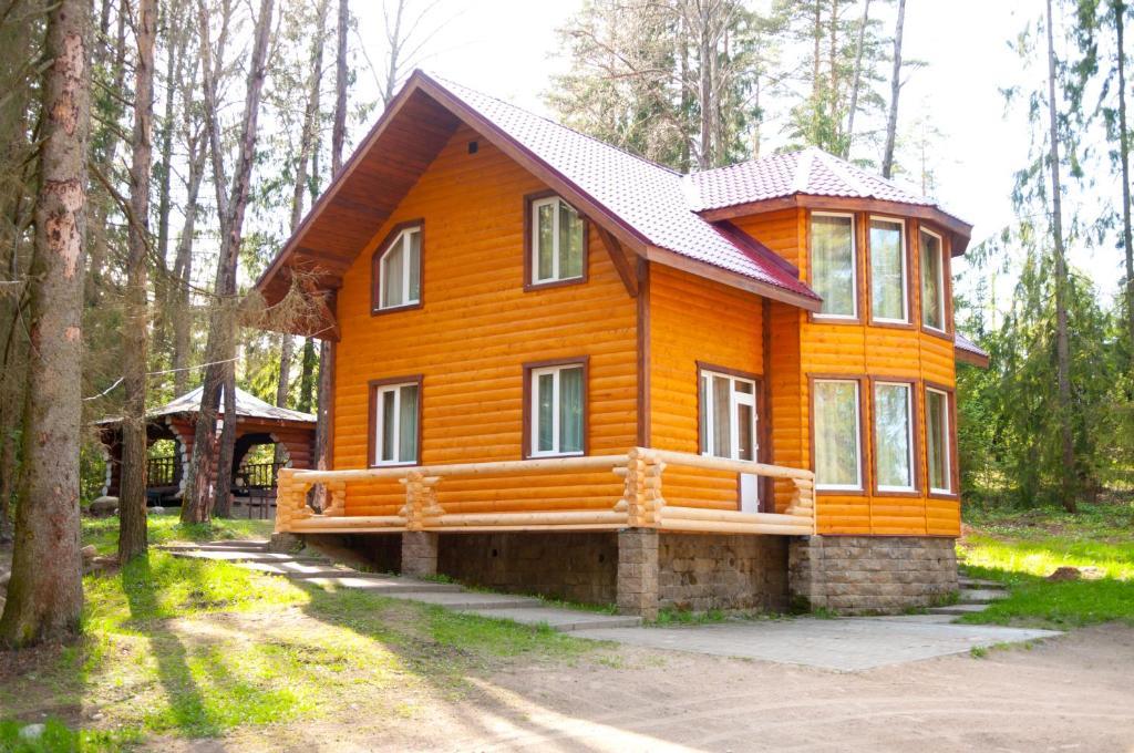 Загородный отель Красное Озеро, Коробицыно