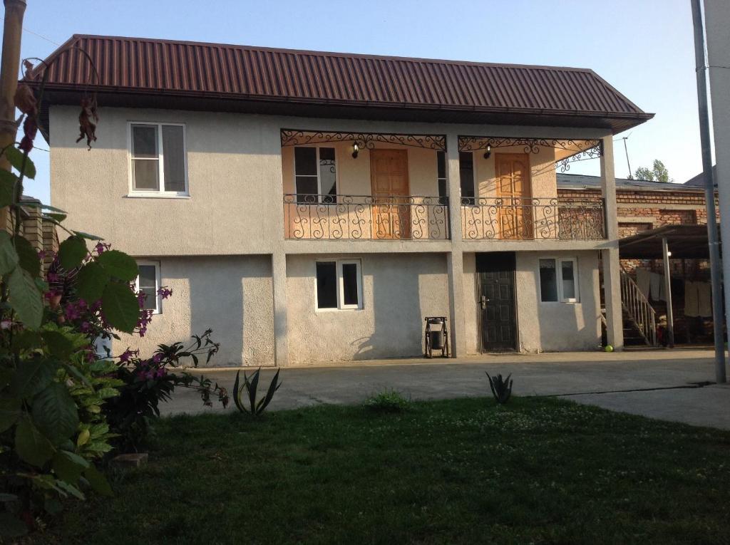 Гостевой дом В Гудауте, Гудаута, Абхазия