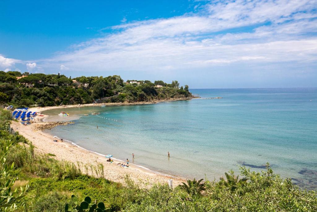 Casa vacanze ogliastro sul mare italia cefal for Vacanze a barcellona sul mare