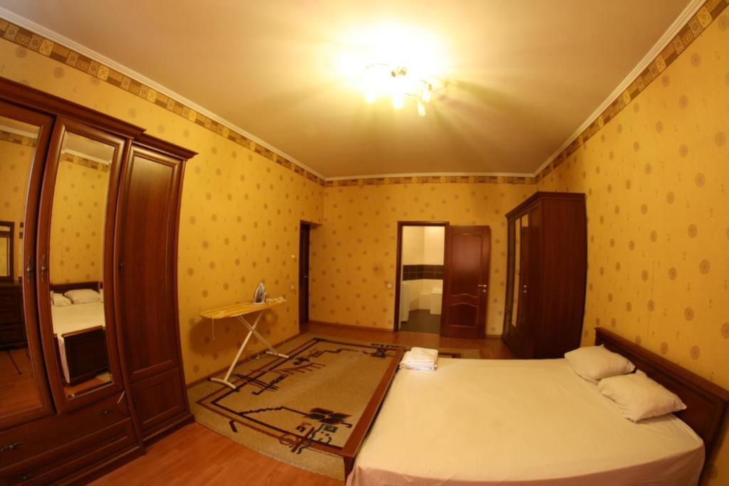 Апартаменты На Шевченко 2, Алматы, Казахстан