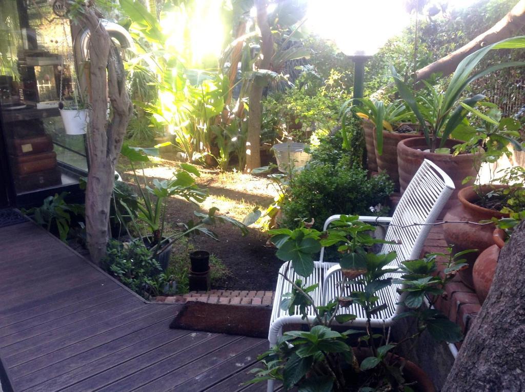 Appartamento casa al mare con giardino italia aci - Foto case con giardino ...